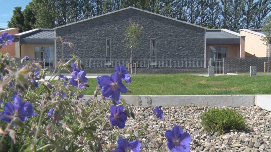 Cluain Fraoigh - Side view